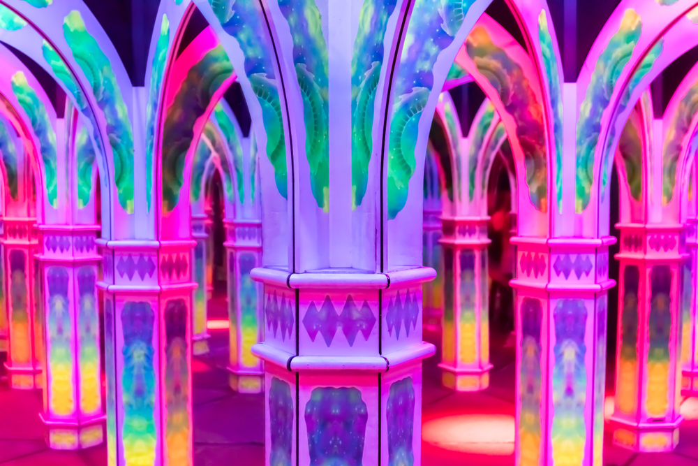 Magowan's Infinite Mirror Maze, west coast holiday itinerary,