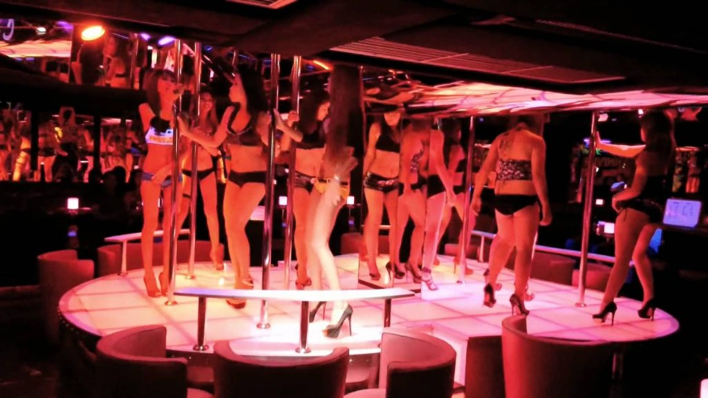 patpong red light strippers, first time backpacking tips