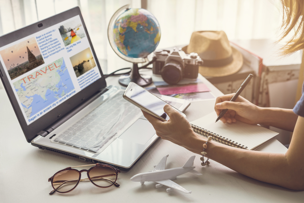 how to plan a first trip abroad, online travel itinerary