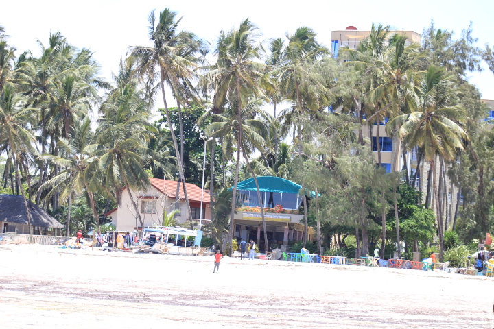 Diani beach, travel