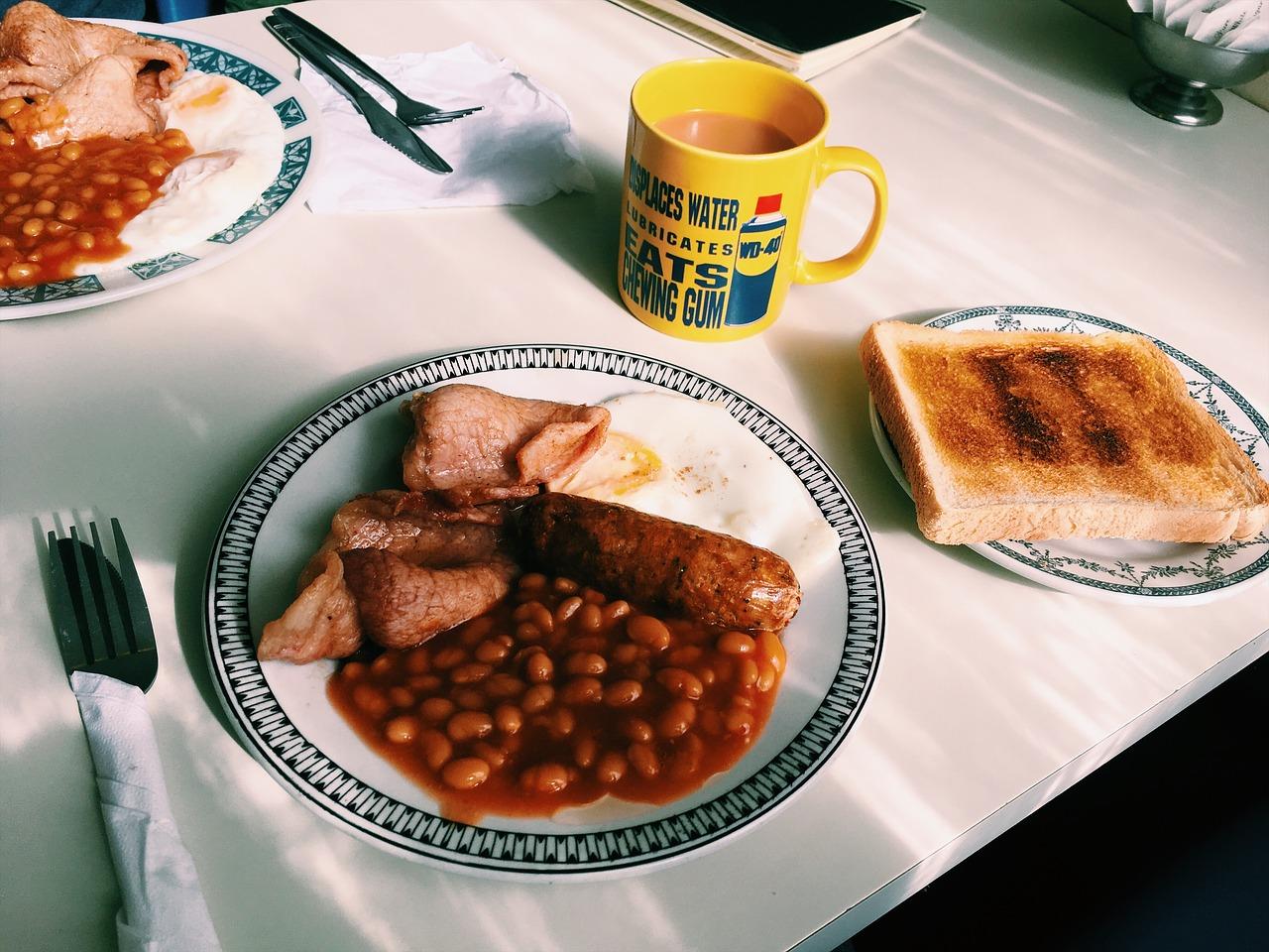 travel, english breakfast, solo female traveller, solo female backpackers