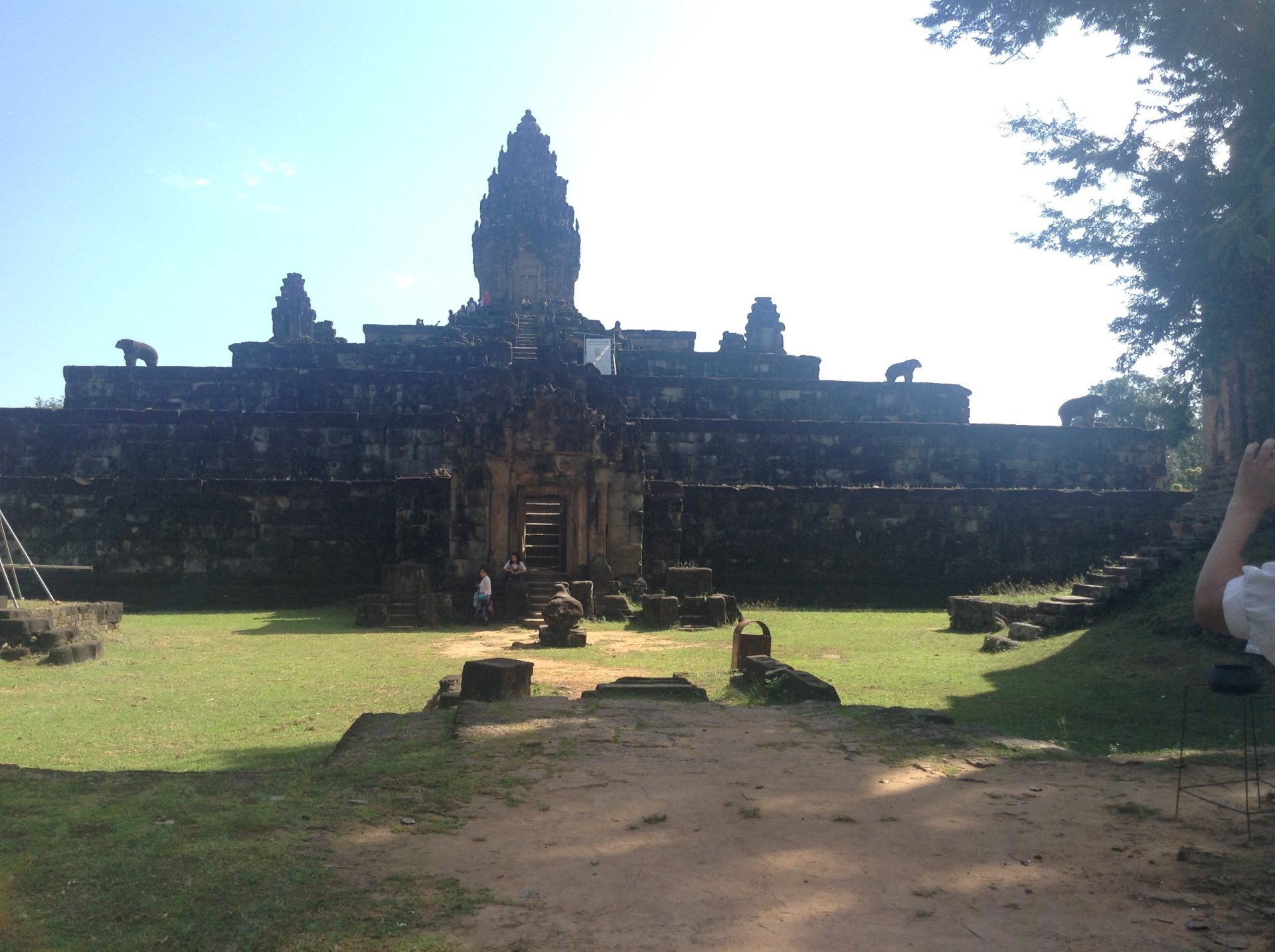 must go places in cambodia, best places to travel alone in asia